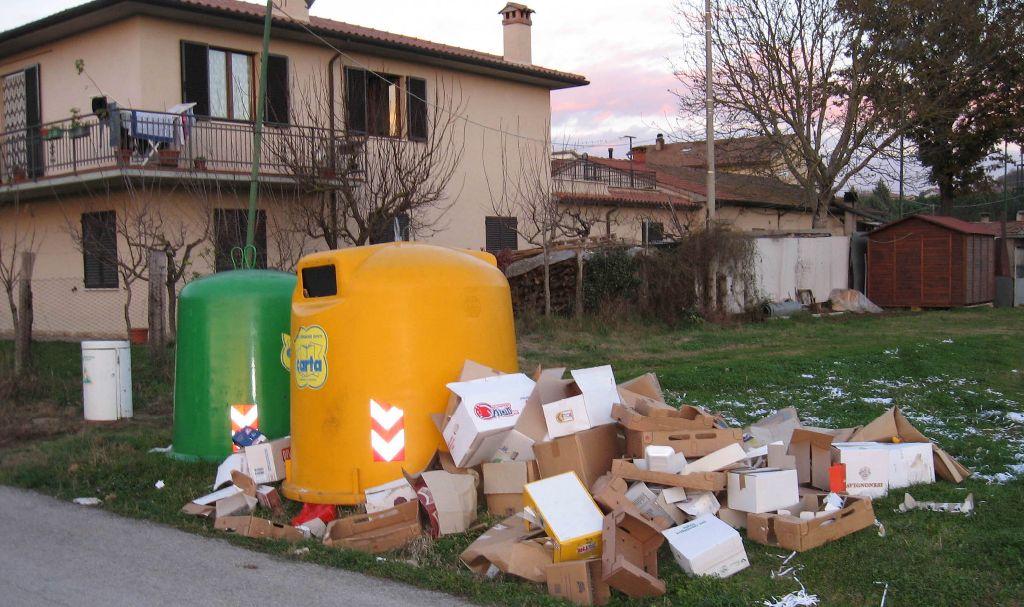 Toscana la gestione dei rifiuti intervista all ing for Intervista sinonimo