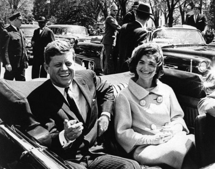 22 NOVEMBRE '63: 50 ANNI FA L'ASSASSINIO DI KENNEDY