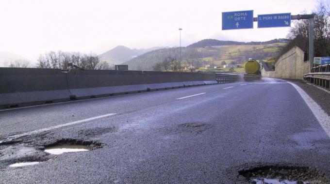 Umbria 3 milioni di euro per la manutenzione stradale - Manutenzione caldaia umbria ...