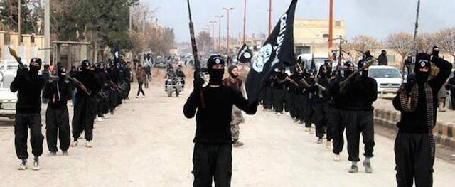 LA STRAGE DEGLI INNOCENTI DI MOSUL E IL MEDIOEVO PROSSIMO VENTURO DEL CALIFFATO. MA CHI SOSTIENE I TAGLIAGOLE DELL'ISIS?