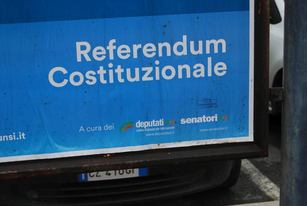 Referendum bersani e la minoranza dem verso il no ma for Deputati pd