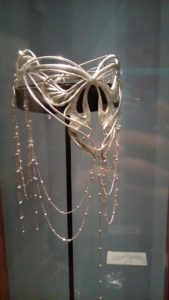 Corona elfica. Laura Brocchi