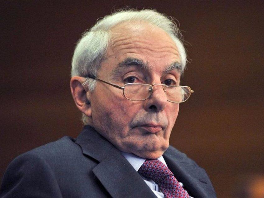 MPS E CASO DAVID ROSSI: AMATO SBEFFEGGIA IL CRONISTA DE LE IENE, MA NON RISPONDE ALLE DOMANDE