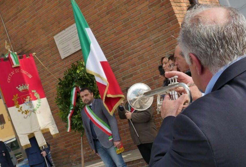 CHIUSI, LA CERIMONIA PER RICORDARE IL BOMBARDAMENTO DEL '43