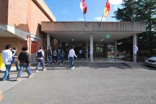 ESTORSIONE E TRUFFA TRA STUDENTI MINORENNI A MONTEPULCIANO