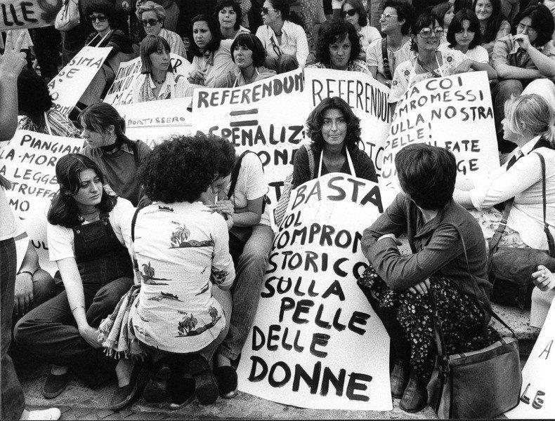 IL PAPA EMERITO RATZINGER E LA PEDOFILIA: MA DAVVERO E' TUTTA COLPA DEL '68?