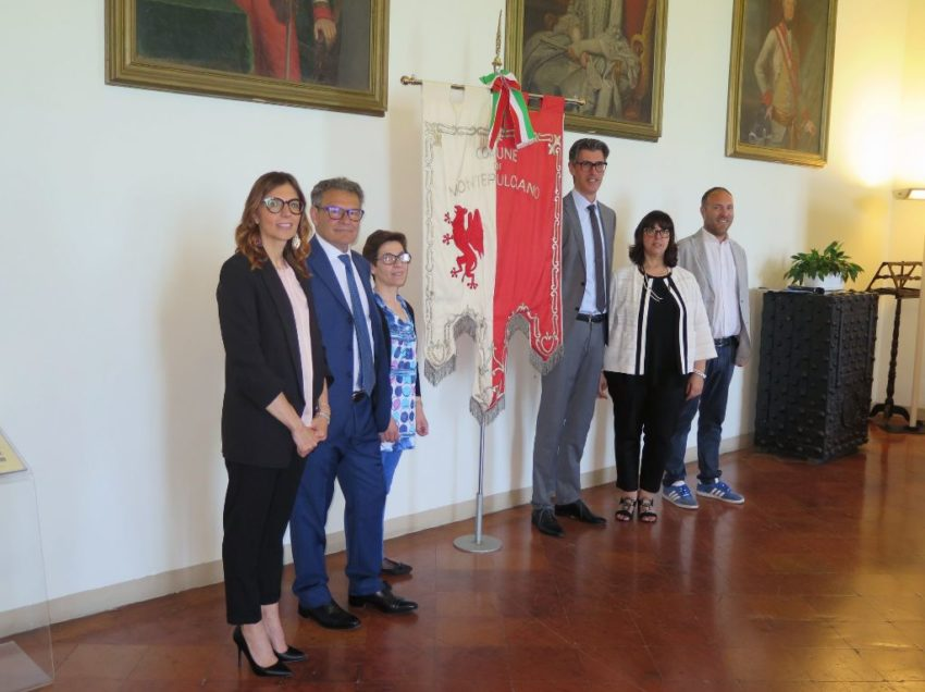 MONTEPULCIANO, L'EX DIRETTORE DI BANCA VALDICHIANA BARBI IN GIUNTA CON ANGIOLINI
