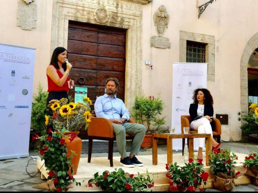 SAN CASCIANO: LA TERRAZZA DEI VIP (MA E' QUELLA LA CULTURA GIUSTA?)