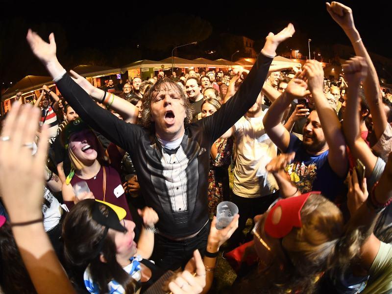 OLTRE 16 MILA SPETTATORI IN 5 GIORNI AL LIVE ROCK FESTIVAL:  ACQUAVIVA DA FRAZIONE DI CAMPAGNA A CAPITALE DELLA BUONA MUSICA E DELLE BUONE PRATICHE