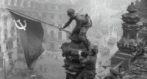 UN VOTO IGNOBILE DELL'EUROPARLAMENTO: EQUIPARARE COMUNISMO E NAZIFASCISMO E' UN'OFFESA ALLA STORIA