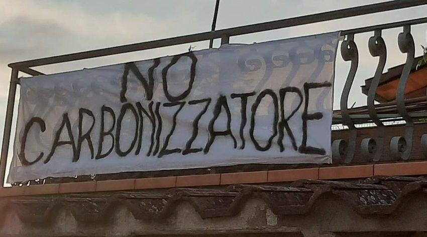 """CASO ACEA: IL COMITATO LANCIA LA """"LENZUOLATA"""", BETTOLLINI ADOMBRA LE DIMISSIONI… MA SE SI DISCUTESSE SERIAMENTE E NON COME ALLO STADIO?"""