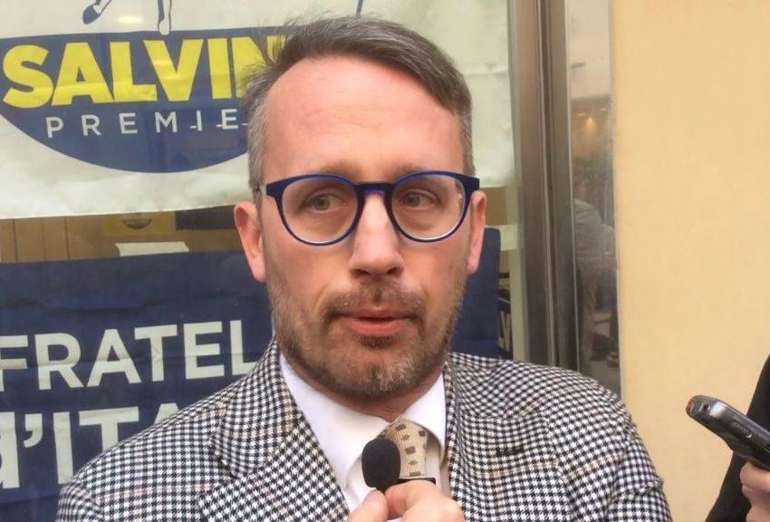 """CHIUSI: LA LEGA PIAZZA LA BANDIERINA SULLA BATTAGLIA """"NO CARBONIZZATORE"""", MA SBAGLIA IL POSTO"""